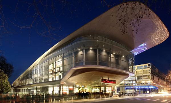 Najpoznatije svetske arhitekte - Page 4 Centre_congres_vinci